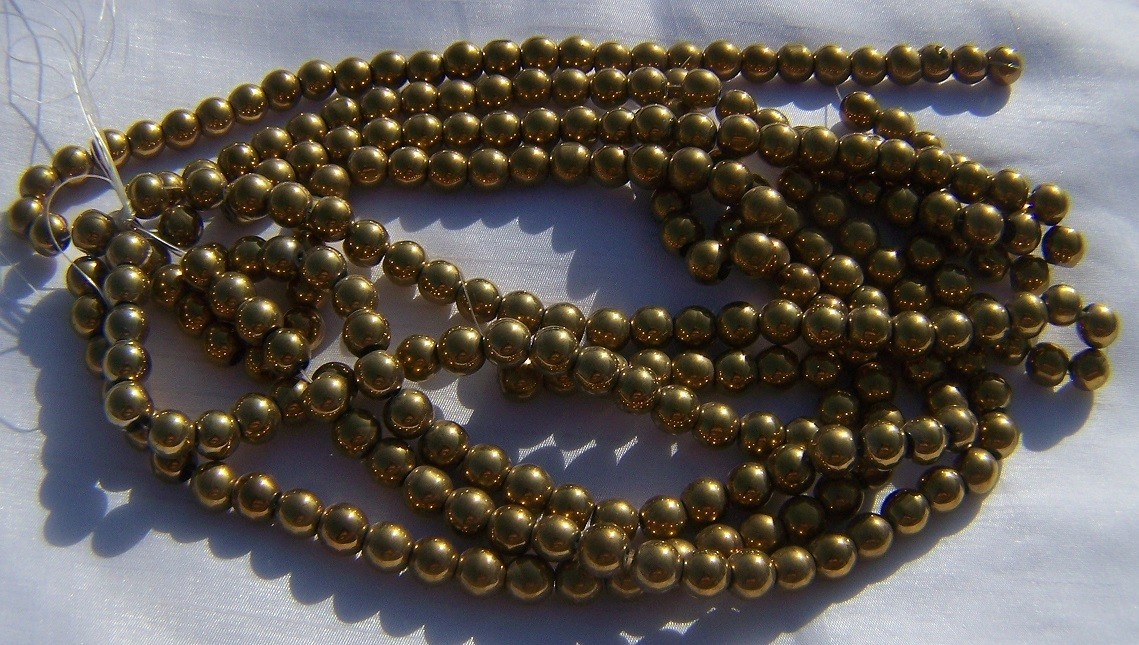 10 mm golden bead 601