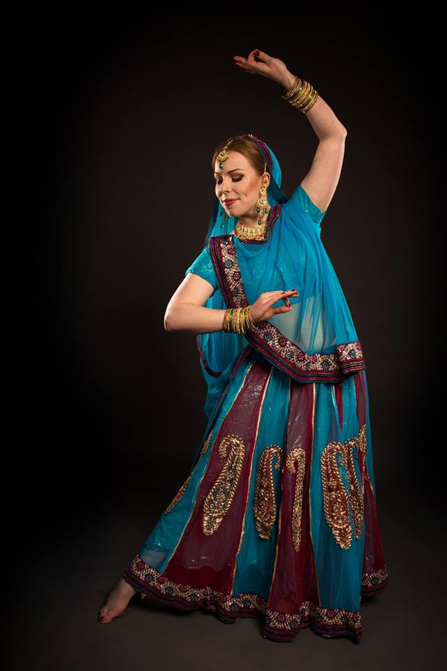 Bollywood costume 10