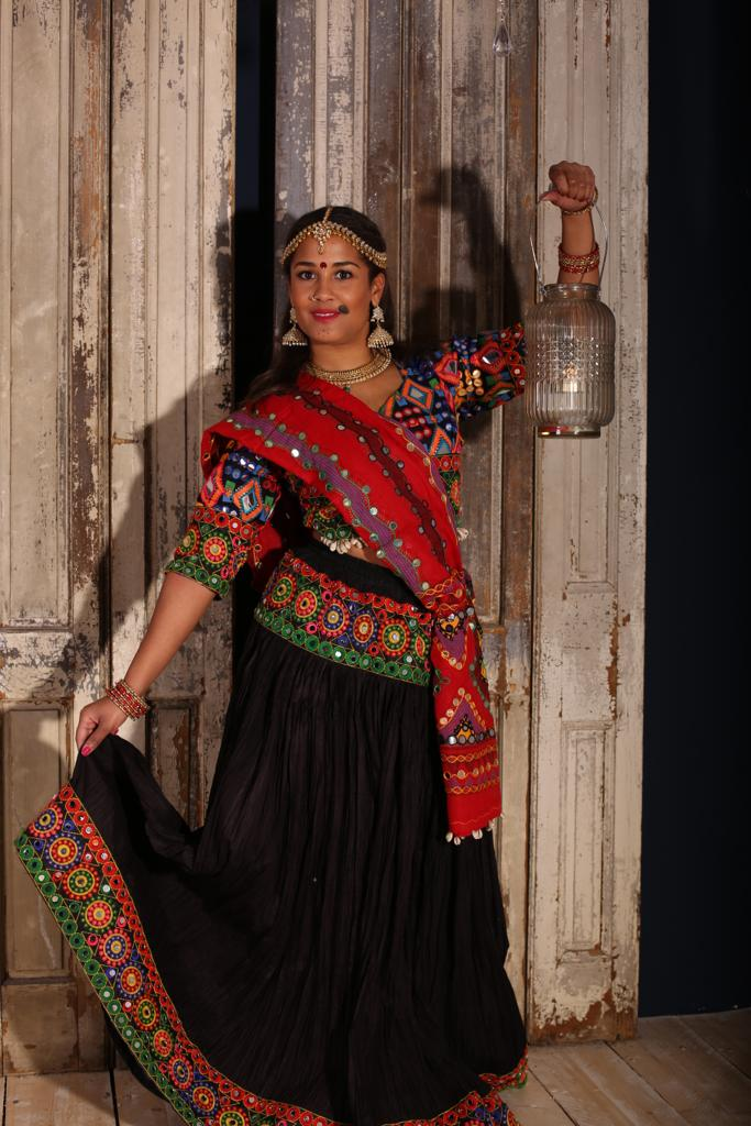 Bollywood dance costume 111