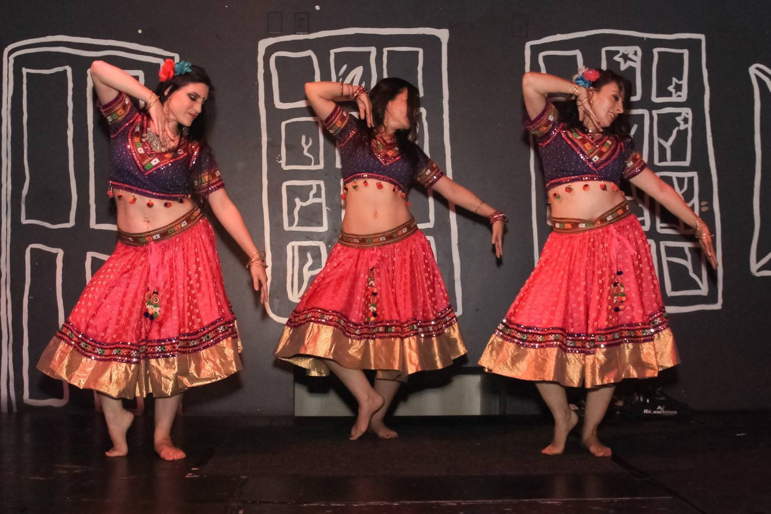 Bollywood dance costume 73