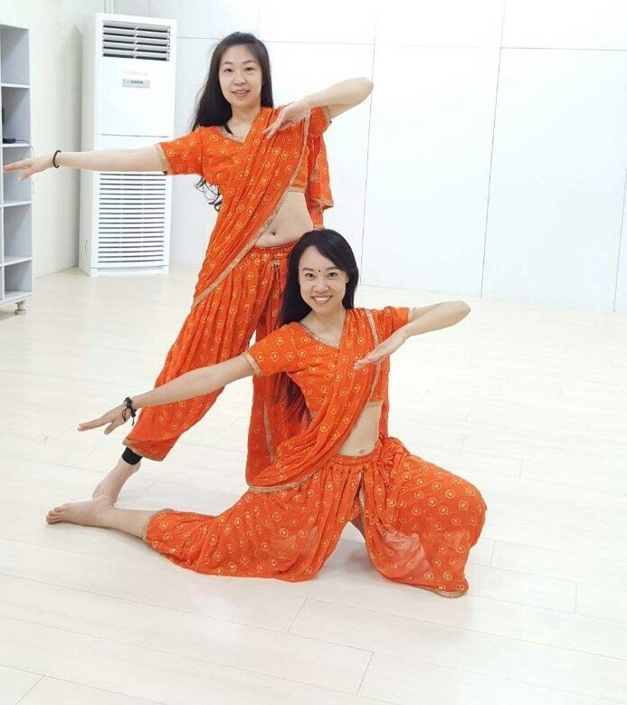 Bollywood dance costume 78