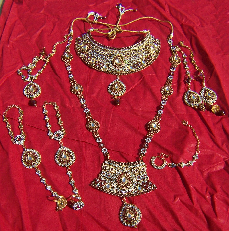 Bollywood bridal Jewellery 3
