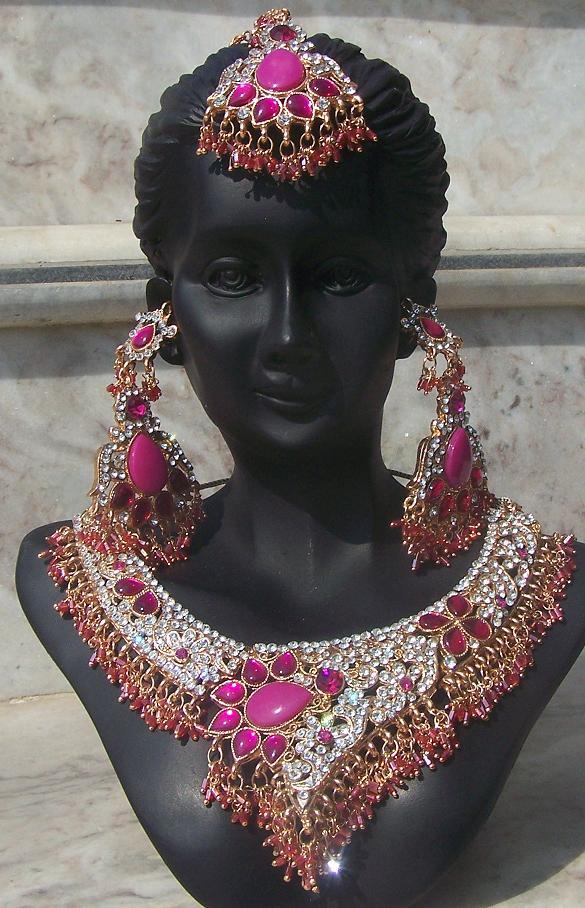 Bollywood bridal Jewellery 6