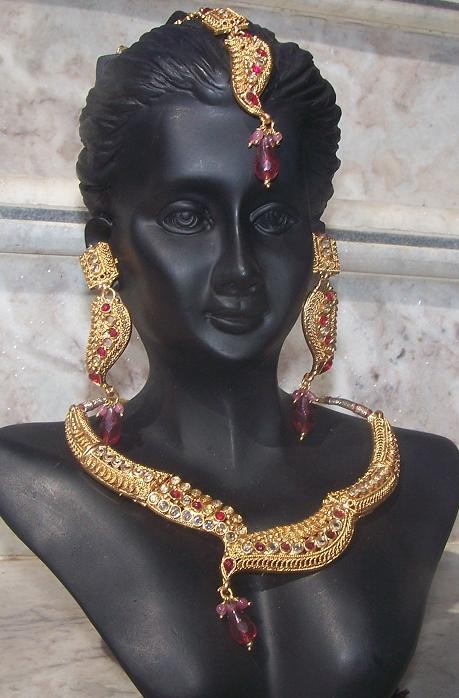 bollywood jewellery 56