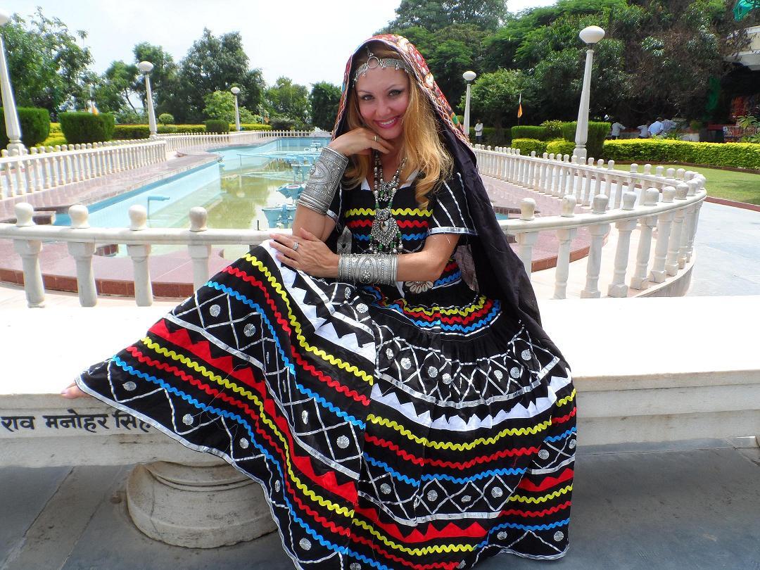 Kalbeliya costume 1