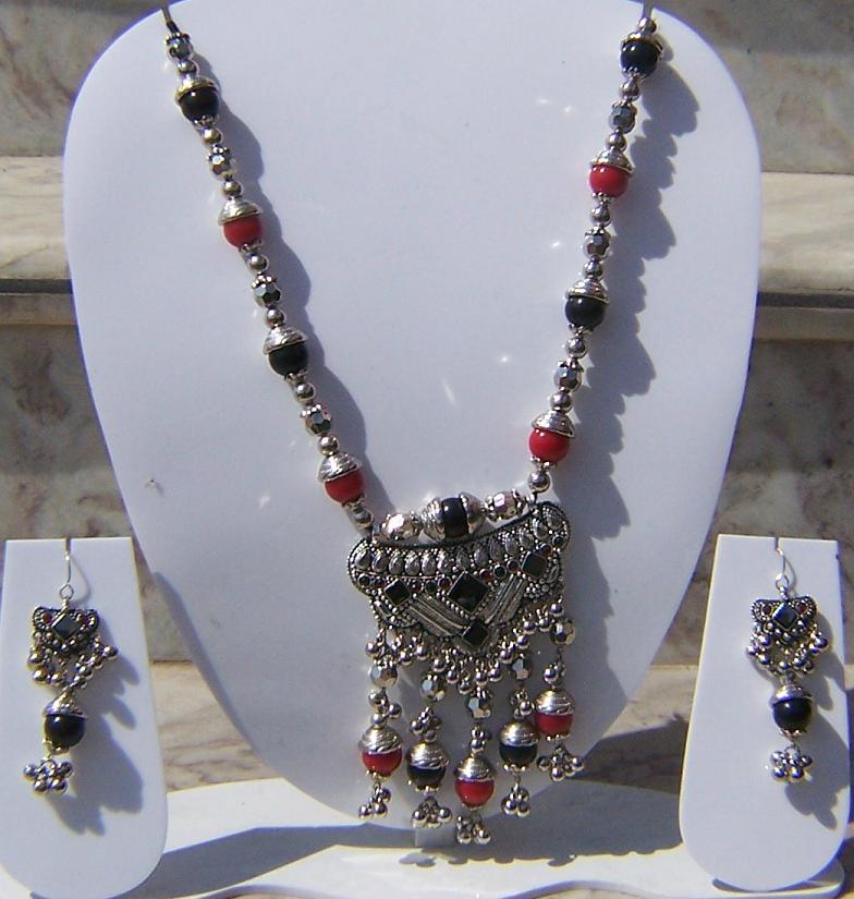 Tribal kuchi necklace 102