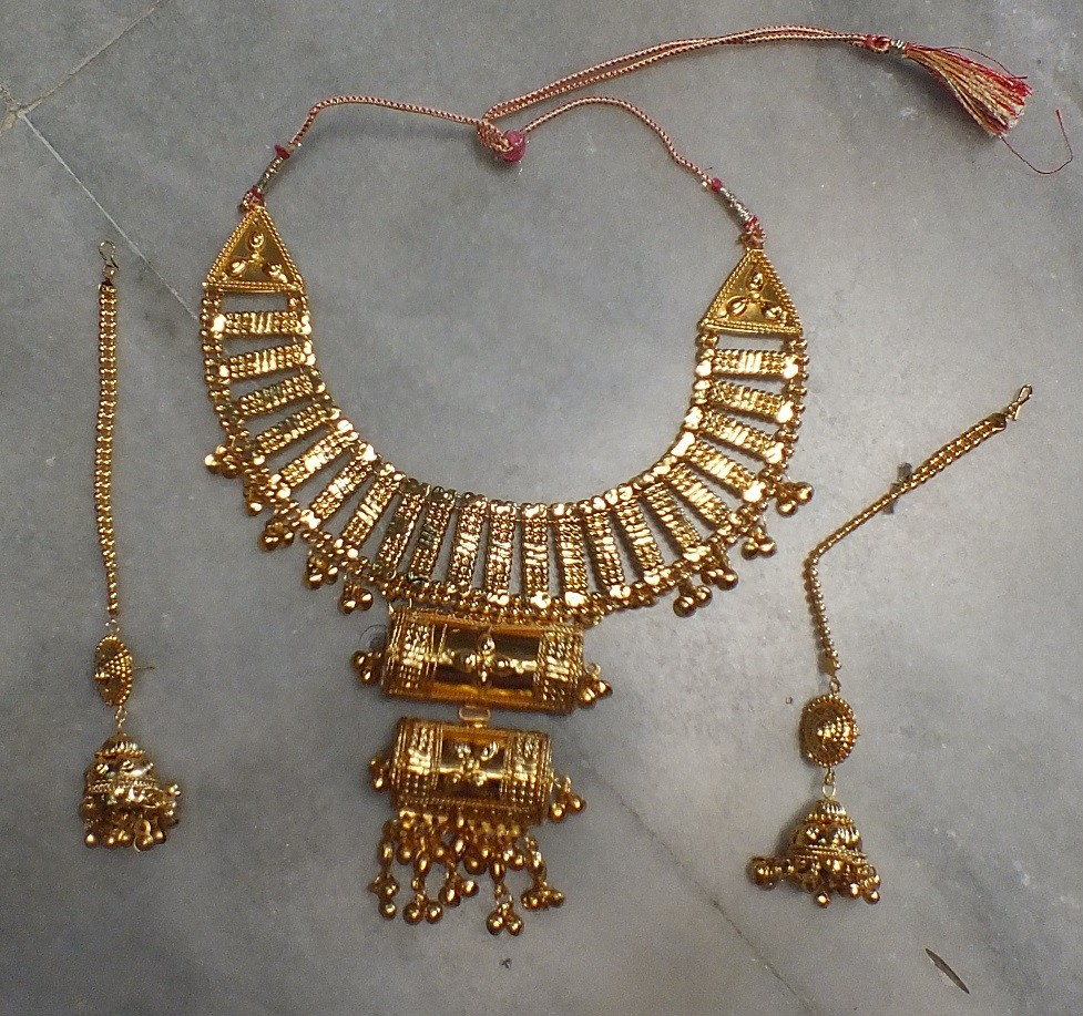 Tribal kuchi necklace 57