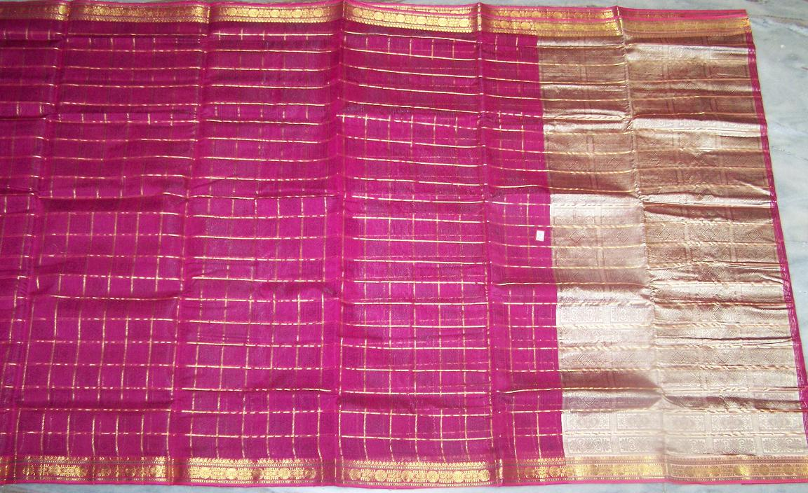 Sari with blouse and petticoat 9