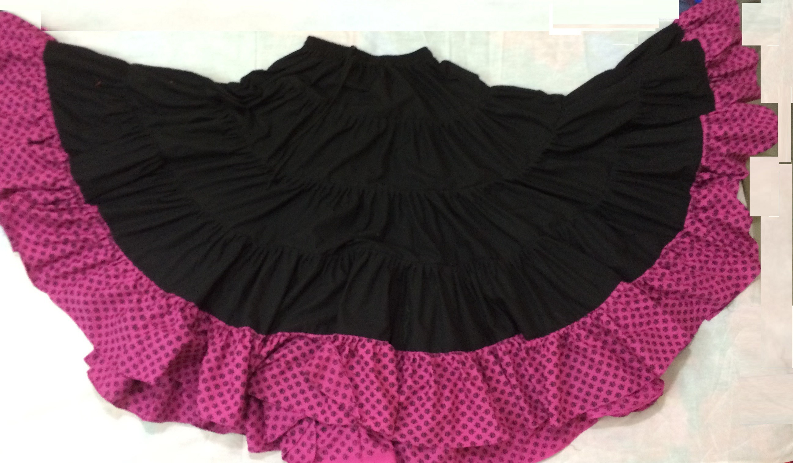 25 yard gypsy skirt 104
