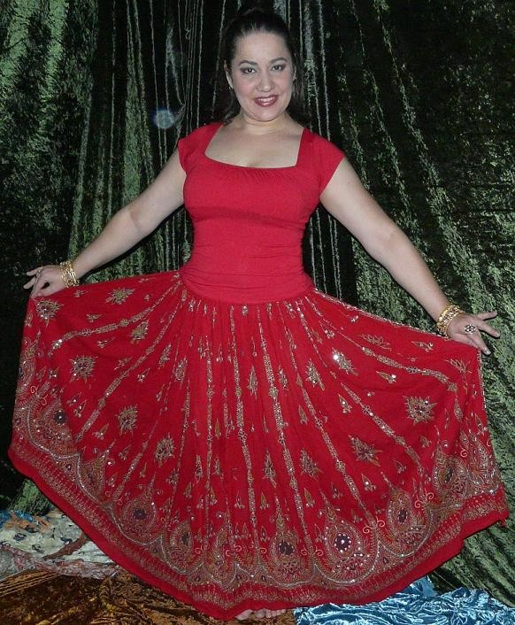5 yard circle skirt red