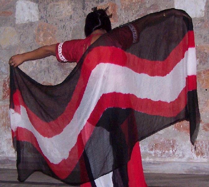 3-yard chiffon veil with wave design