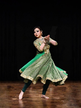 Bollywood dance costume 83