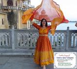 Bollywood costume 34