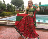 Bollywood dance costume 91
