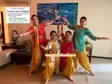 Bollywood dance costume 108