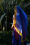 3-yard golden fringe veil