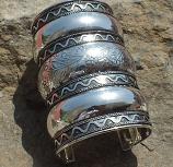 Tribal kuchi cuff 38